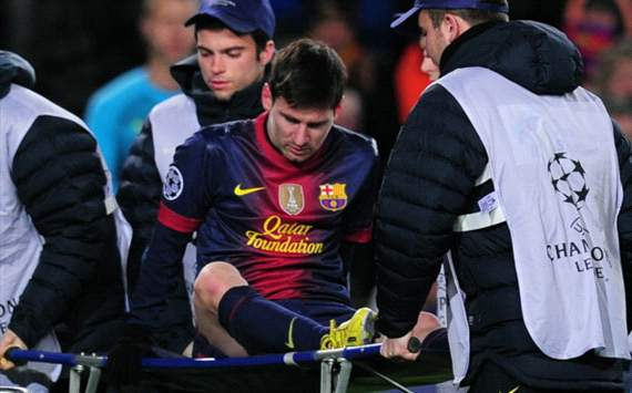 Messi suffers potential knee injury against Benfica