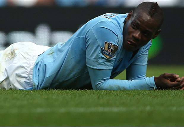Balotelli has three weeks to save Manchester City career as AC Milan prepare January bid