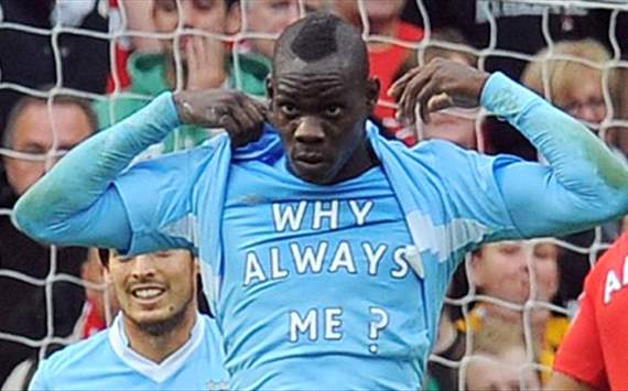 Balotelli is a liability, Welbeck is an average player – do Manchester City or Manchester United have the better striker?