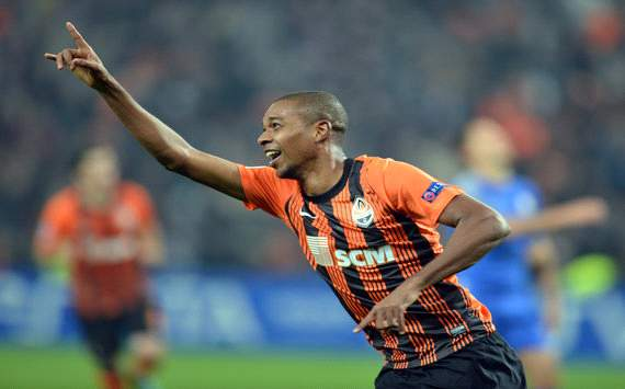 Fernandinho tweets desire to join Manchester City