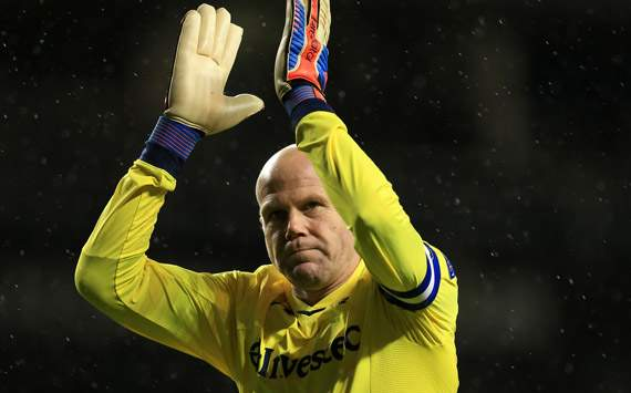 Veteraan Friedel verlengt bij Tottenham