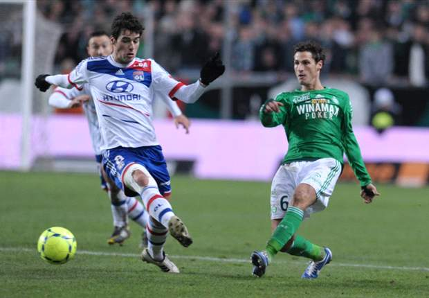 Gourcuff set to stay with Lyon
