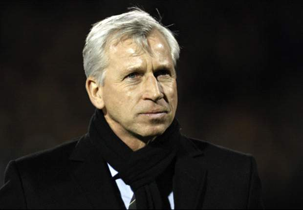 Pardew: Newcastle made QPR striker Remy a fantastic offer