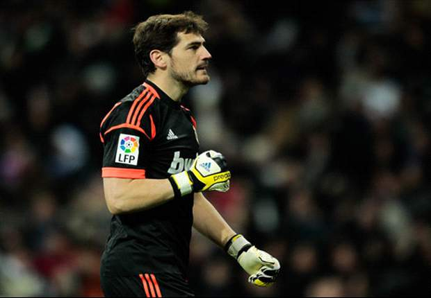 Casillas: Del Bosque deserves Ballon d'Or but Mourinho is 'good contender'