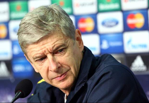 Wenger praises Arsenal's backroom staff over small injury list