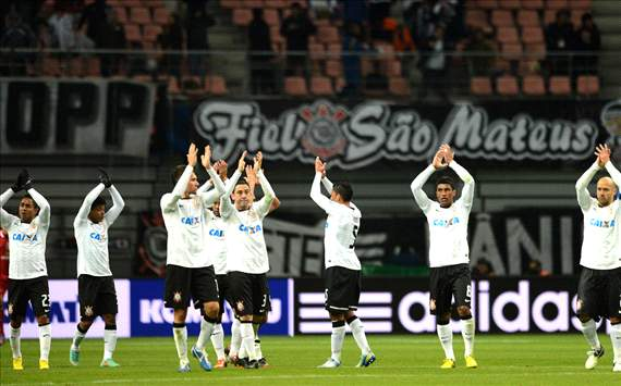 One year on from Socrates' passing, Corinthians pay tribute as they fight to become world champions