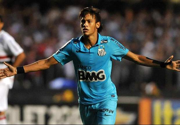 Neymar reaffirms Santos commitment