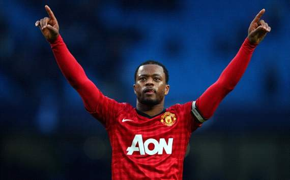 Patrice Evra Nilai Akhir Desember Adalah Pekan Sibuk