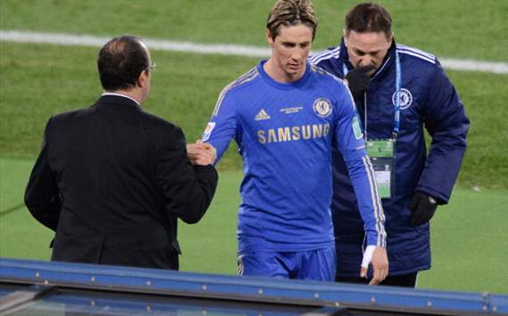 Bentez diz que Torres aceitar ficar no banco do Chelsea