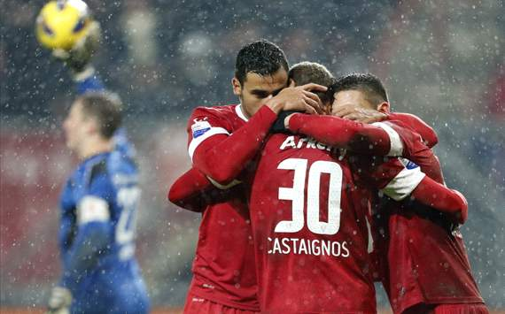 Twente-Heracles: Castaignos