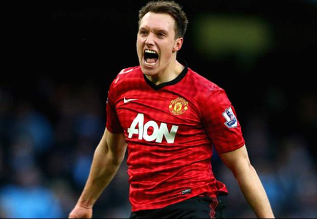 Sir Alex Ferguson: Jones has more in his locker than Terry