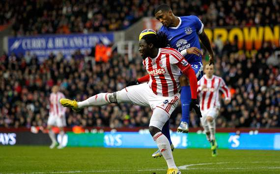 Stoke City v Everton, Kenwyne Jones, Sylvain Distin