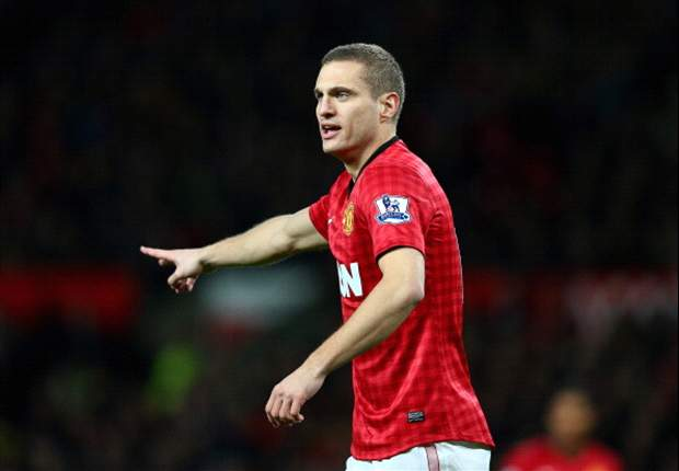 Manchester United have missed 'world class' Vidic, admits Giggs