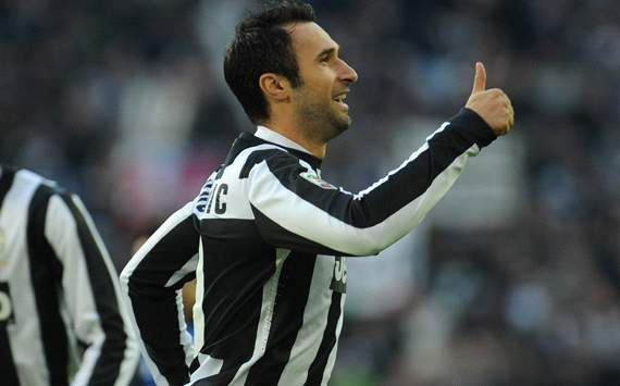 Vucinic: No prima donnas at Juventus