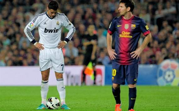 Ronaldo &amp; Messi are both the best in the world, says Sir Alex
