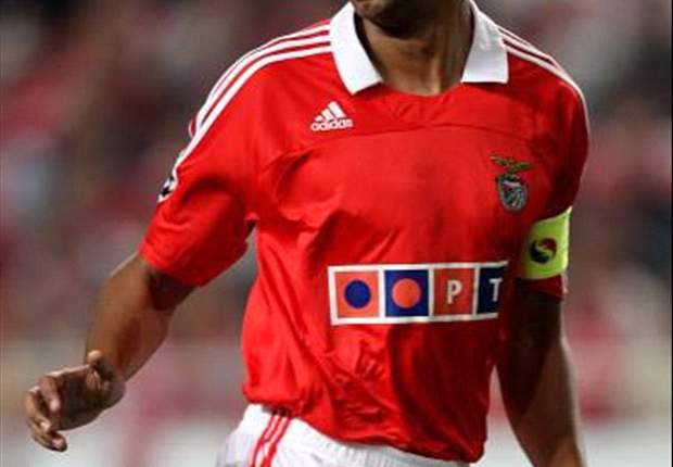 Paris Saint-Germain target Luisao admits he could leave Benfica