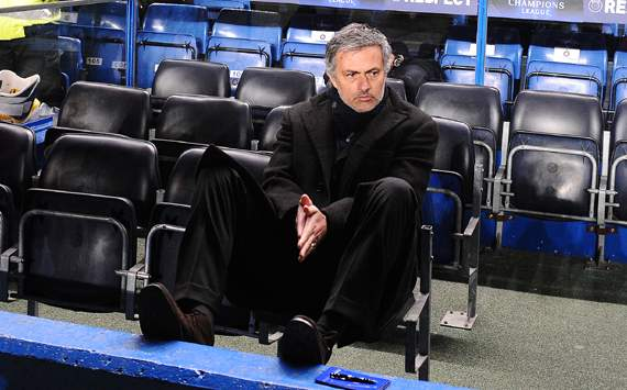 'Madrid must force Mourinho to stay'