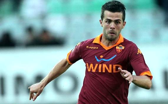 Roma playmaker Pjanic claims Barcelona interest