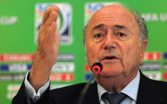 Blatter calls on football associations to help Fifa become transparent