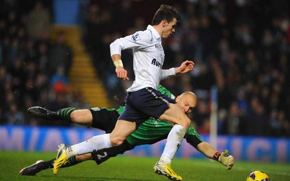 EPL - Aston Villa v Tottenham, Gareth Bale and Brad Guzan