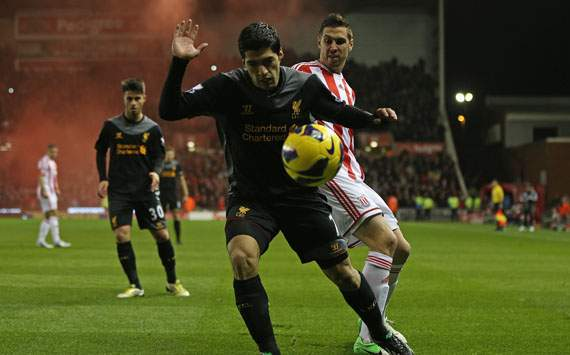 EPL - Stoke City v Liverpool, Luis Suarez and Geoff Cameron