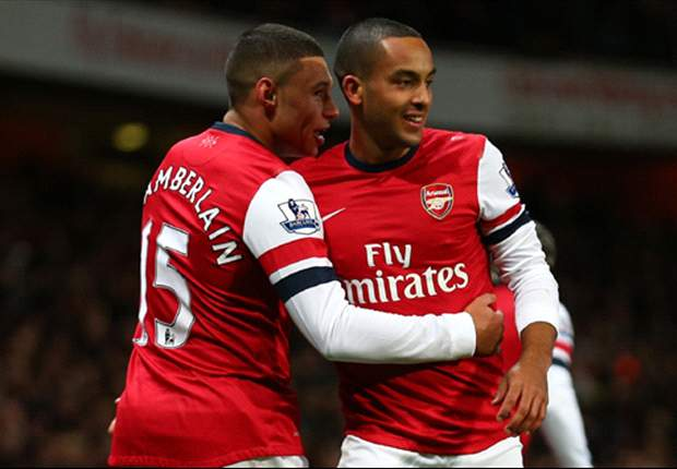 Walcott agrees new four-and-a-half-year Arsenal deal