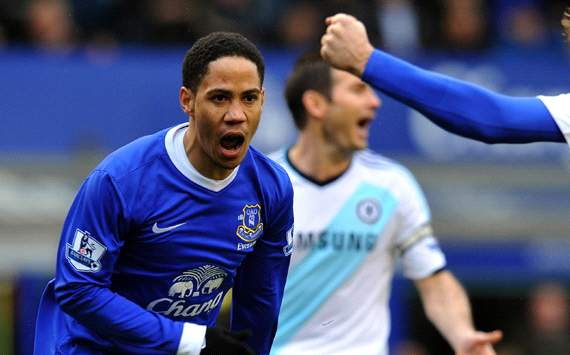 Everton have not given up on European qualification, claims Pienaar