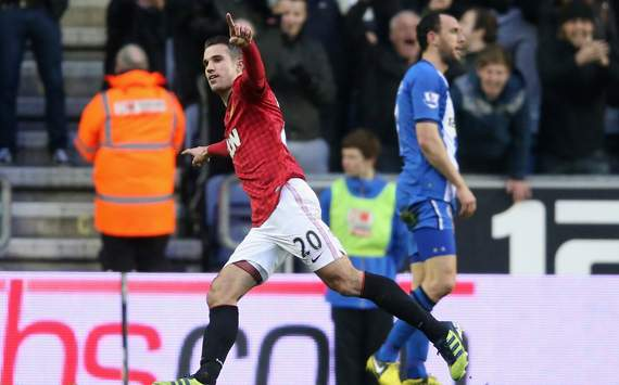 EPL - Wigan Athletic v Manchester United, Robin van Persie