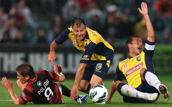 Mile Sterjovski - Central Coast Mariners v Western Sydney Wanderers