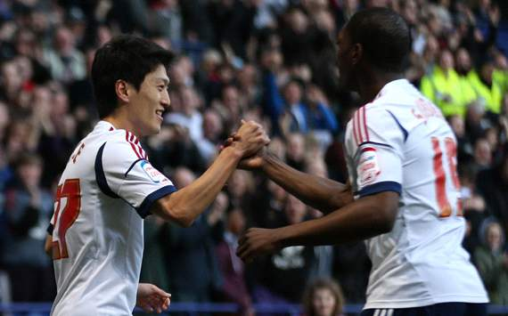 FA Cup, Bolton Wanderers v Sunderland, Lee Chung-Yong, Marvin Sordell (r)