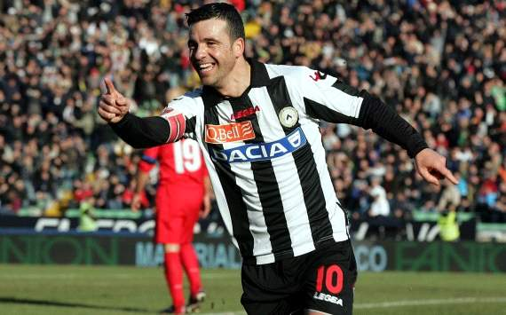 Antonio Di Natale celebrates a goal in Udinese-Inter