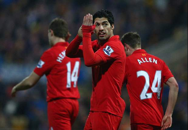 Rodgers blames officials for failing to spot Suarez handball