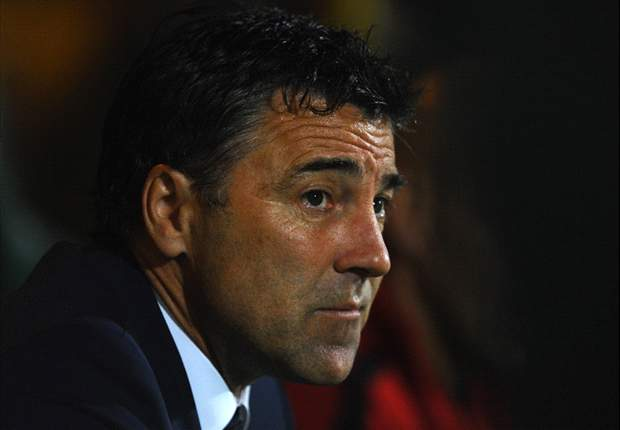 Wolves appoint Dean Saunders as new manager