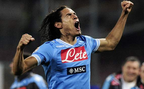 Napoli president rules out sale of Arsenal target Cavani