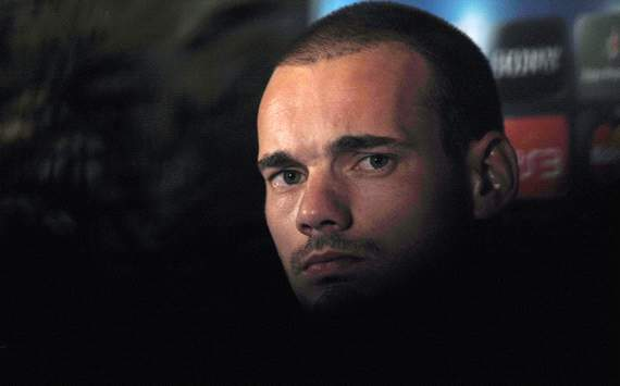 Kigili: Galatasaray cannot afford 'astronomical' Sneijder costs