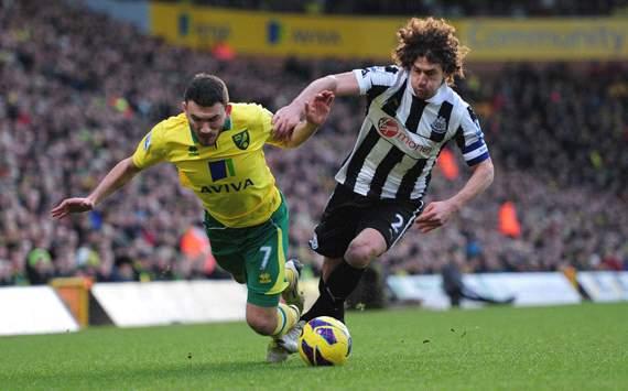 Norwich City v Newcastle United,  Fabricio Coloccini