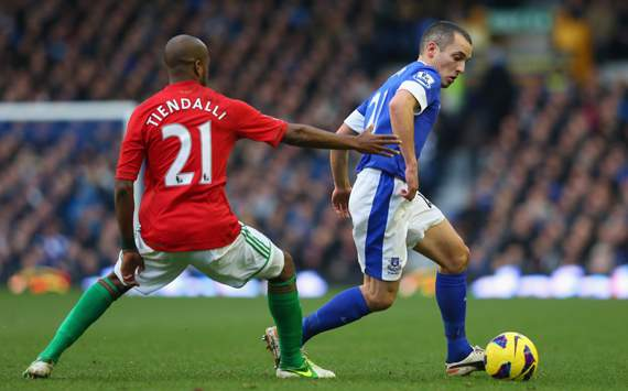 EPL - Everton v Swansea City, Leon Osman and Dwight Tiendalli