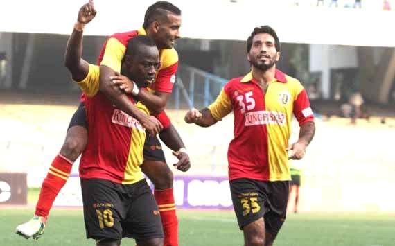 Edeh Chidi celebrates with Harmanjot Khabra and Ishfaq Ahmed, East Bengal vs Mumbai FC, I-League