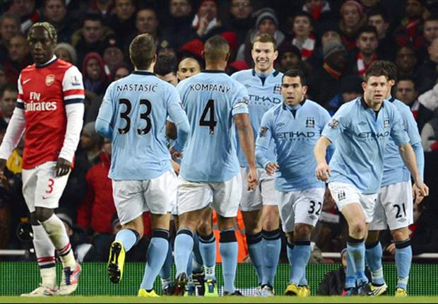 Manchester City mind the gap to keep United sweating in title pursuit