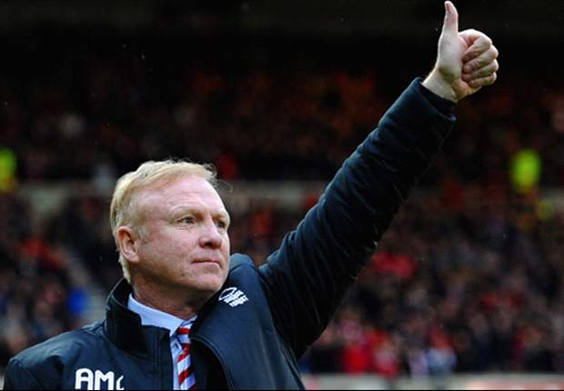 Alex McLeish leaves Nottingham Forest