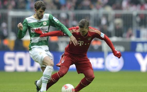Bayern Munich sweating over Schweinsteiger fitness