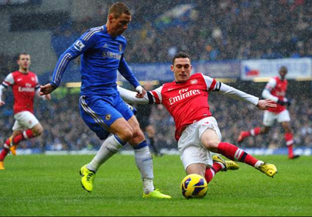 Vermaelen & Gibbs out as Arsenal face defensive injury crisis