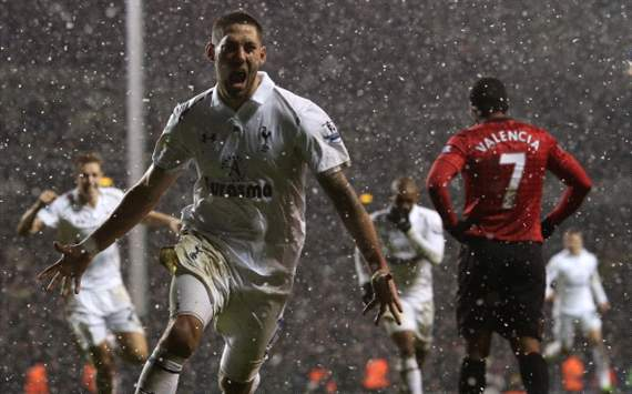 Dempsey reignites title race &amp; highlights Manchester Uniteds creeping complacency