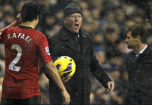 FA asks Sir Alex for 'observations' after linesman criticism