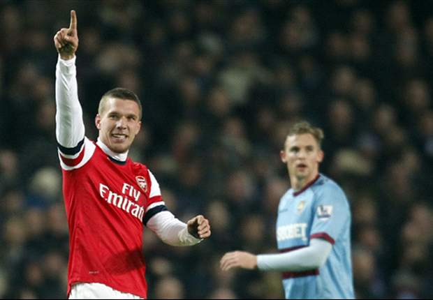 Arsenal can upset the odds against 'favourites' Bayern, insists Podolski