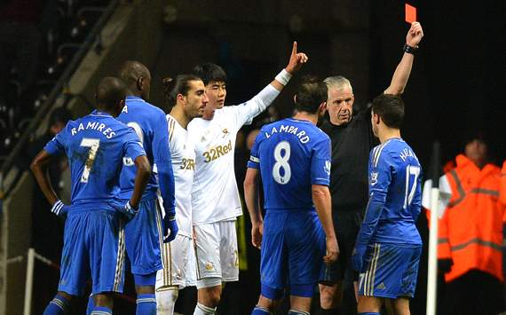 PFA chairman brands Hazard 'unprofessional' after ball-boy incident