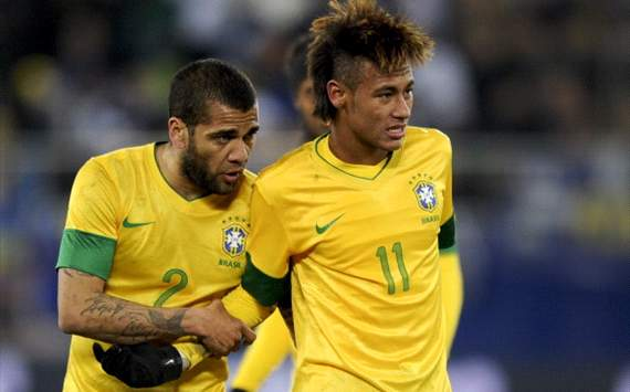 Dani Alves: It is Neymar's decision if he joins Barcelona