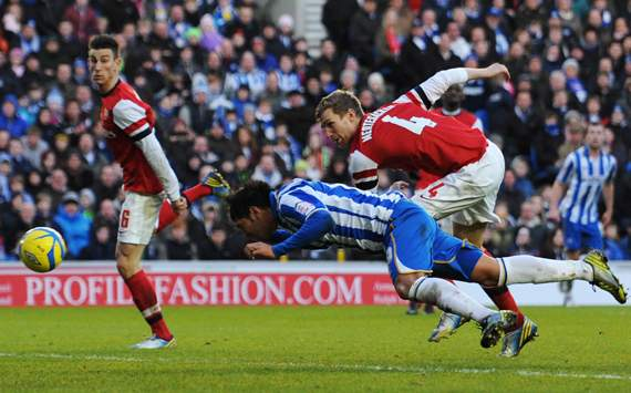 FA Cup - Brighton &amp; Hove Albion vs Arsenal, Leonardo Ulloa &amp; Per Mertesacker