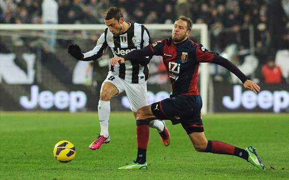 Claudio Marchisio (J), Andreas Granqvist (G) - Juventus-Genoa - Serie A