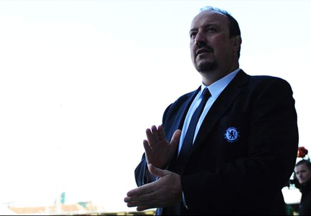 Benitez: I haven't spoken to Chelsea owner Abramovich in almost three weeks